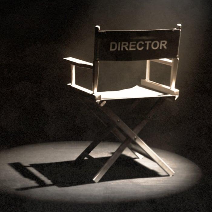 Yüzüklerin Efendisi Testi serinin yönetmeni kimdir?